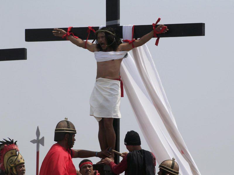 Vaizdo rezultatas pagal užklausÄ âprikalta prie kryziausâ